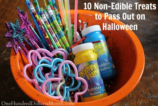 10-Non-Edible-Treats-to-Pass-Out-on-Halloween-