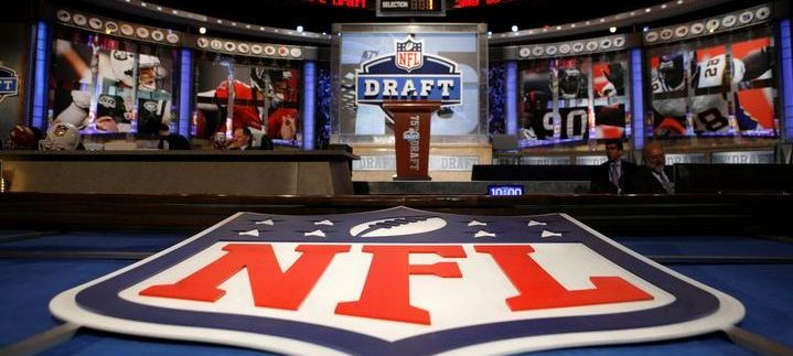 Predicting The First 10 Picks of The NFL Draft